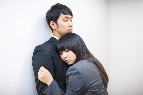 ちょっと憧れる上司と部下の恋。ときめきポイントと気をつけたい事!のサムネイル画像