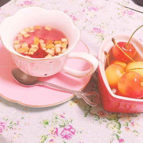 お茶も食べれる時代になった!?《ティート》で新感覚ティータイム♡のサムネイル画像