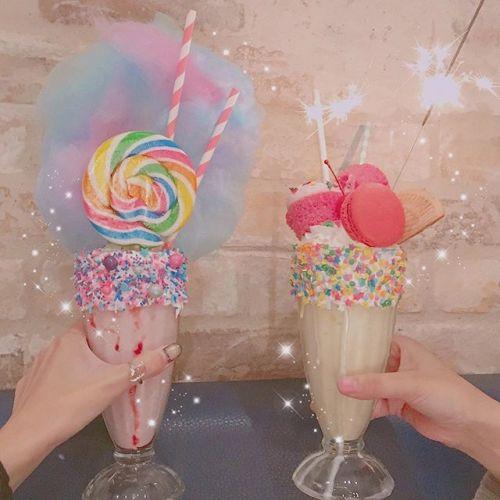 キュートさMAXスイーツ⁉派手カワ《シェイク》が飲めるお店3選♡のサムネイル画像