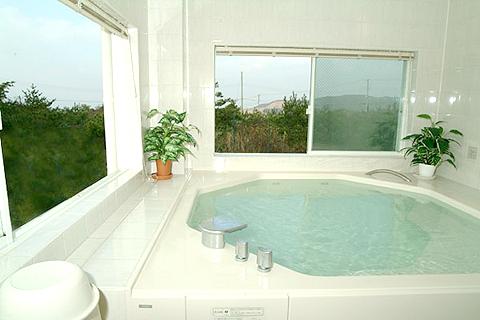 彼氏とお風呂は恥ずかしい?お風呂で彼と楽しむ方法をご紹介しますのサムネイル画像