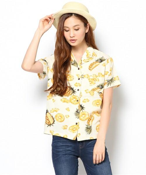 実は優秀アイテム!アロハシャツでおしゃれなコーディネートに!のサムネイル画像