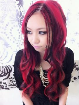 この秋間違いなくおすすめ!おしゃれな赤の髪色にチャレンジ!のサムネイル画像