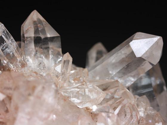 【水晶・クリスタル】水晶のブレスレットで運気アップしよう!のサムネイル画像