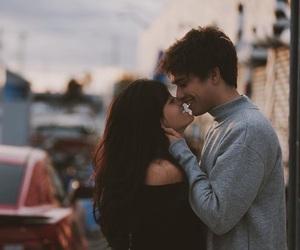 【キス】大好きな彼氏とキスがしたい!女の子からする方法も教えて!のサムネイル画像