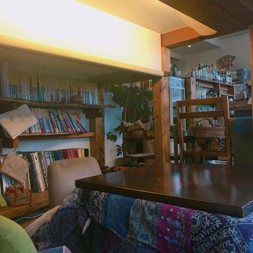 【彼との距離も急接近♡】ほっこり。こたつカフェで冬デート♪【東京】のサムネイル画像
