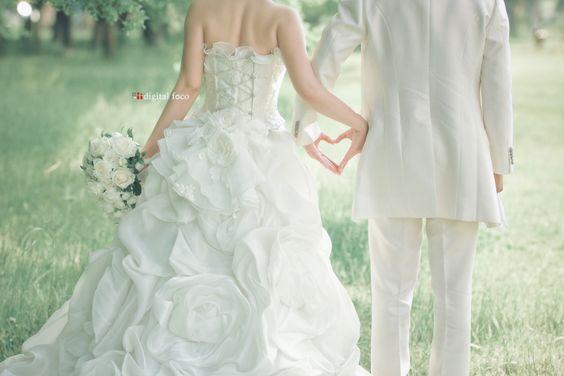 結婚が決まったら何をすればいい?結婚式まで段取りを紹介!のサムネイル画像