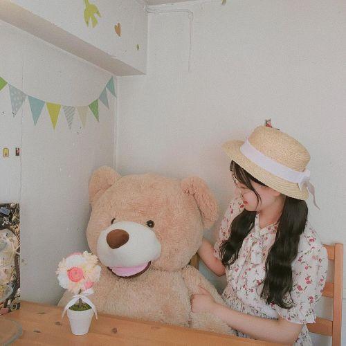 テディベアがお出迎え♡高円寺のお菓子の家《All C´s Cafe》のサムネイル画像