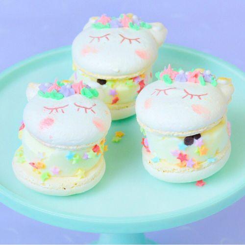 フォトジェなお店の新作!《グロかわカップケーキ》がバズる予感♡のサムネイル画像