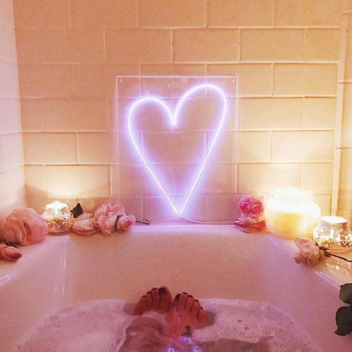 お風呂タイムが待ち遠しい♡楽しくなる【バスグッズ】まとめのサムネイル画像