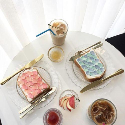 韓国で人気!フォトジェニックな【ウェーブトースト】を手作りで♡のサムネイル画像