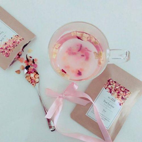 フルーティーな甘い香り♡【食べる紅茶】で心から温まろう!のサムネイル画像