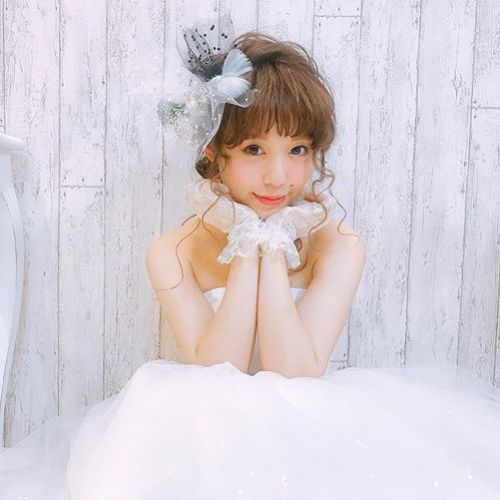 あなたもアイドルデビュー!?無料で始められる【ライブ配信】3選♡のサムネイル画像