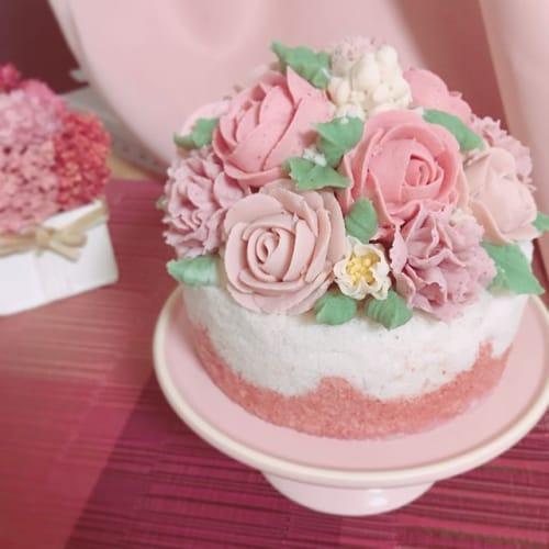 今年のクリスマスケーキは手作りに!【おしゃかわケーキ】に挑戦♡のサムネイル画像