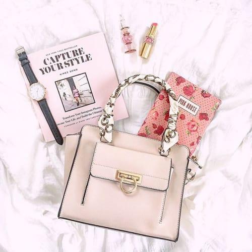 いつものバッグにプラスワン♡持っておくと「きゅん」とされる〇〇♡のサムネイル画像