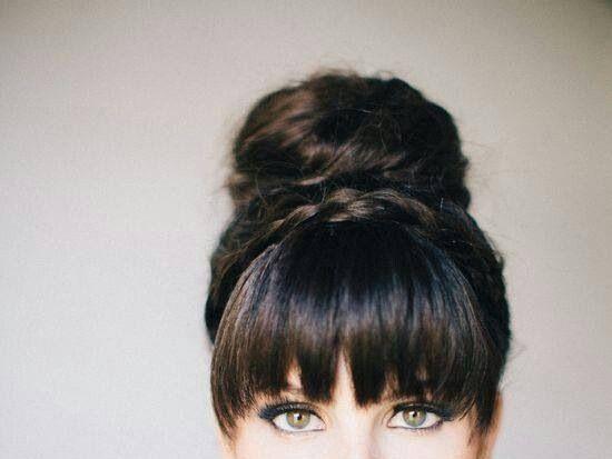 【40代髪型】40代髪型はどれがいい??カタログなんてあるの?のサムネイル画像