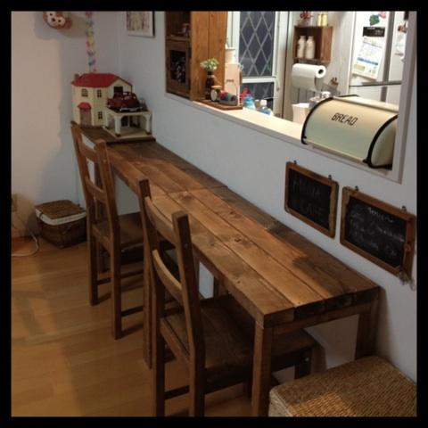 カウンターテーブルをDIY!簡単材料で自作☆作り方レッスンのサムネイル画像