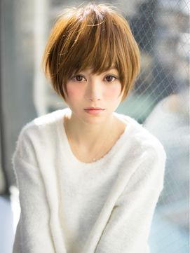 【最新ヘアスタイル!!】ショートヘアで女子力アップを狙おう!のサムネイル画像