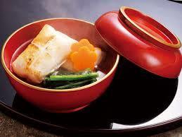 お正月の定番!地域によって具材もだしも違う雑煮のレシピ!のサムネイル画像
