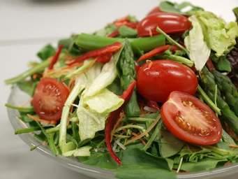 ヘルシーにおいしく!野菜をたくさん使った栄養満点レシピですのサムネイル画像