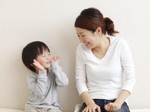 子育て中の忙しいママさんでも簡単にできる髪型アレンジは?のサムネイル画像