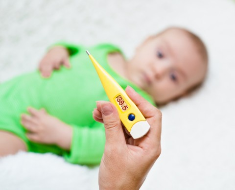 赤ちゃんの体温を測るのにオススメな体温計をご紹介します!のサムネイル画像