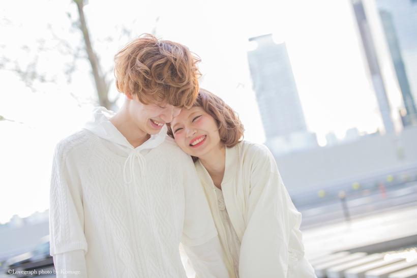 カップルで撮りたい♡ラブラブオーラ全開ポーズで幸せアピール写真♡のサムネイル画像