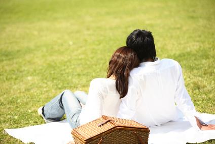 彼との公園デート☆何着ていこう?かわいくカジュアルな服装で☆のサムネイル画像
