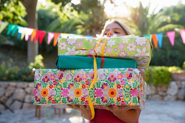 夏生まれの方にあげたい、もらって嬉しいプレゼントまとめ。のサムネイル画像