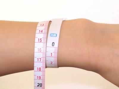 自分のバストはどれくらい?胸のサイズによる重さの違いとは☆のサムネイル画像