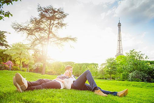 公園デートって何するの?2人で公園デートを楽しむ方法は!?のサムネイル画像
