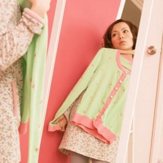可愛くおしゃれに♡初デートにぴったりな女性の服装を紹介♡のサムネイル画像