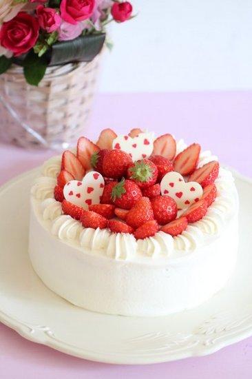 彼氏を最高に喜ばせる☆誕生日ケーキのアイディアをまとめました!のサムネイル画像
