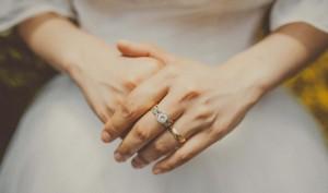 婚約指輪の予算の相場とダイヤ0.3カラットが多い秘密についてのサムネイル画像